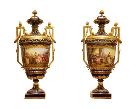Empire style pair of vases, end of 19th century