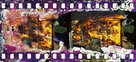 Gideon Mendel, SHACKS BURN..., 1985