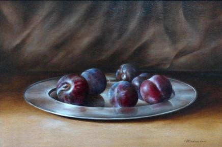 Tanja Moderscheim, Plums on Silver Platter