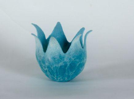 Denise Lithgow, Blue/White Flower Pod