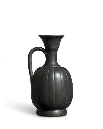Greek black-glaze ribbed lekythos, South Italian, c.400-300 BC