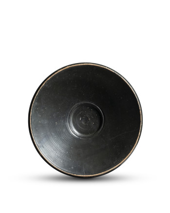 Greek black-glaze fish plate, South Italy, 5th-4th century BC
