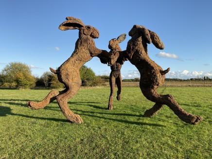 Sophie Ryder, Dancing Hares, 1998