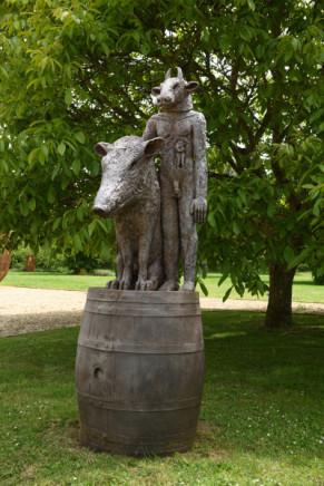 Sophie Ryder, Minotaur and Boar on a Barrel, 2017