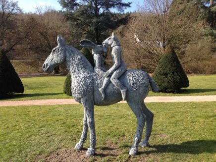 Sophie Ryder, Lovers on Horseback (monumental), 2013