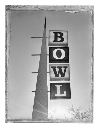 Christopher Thomas, Bowlmor Bowling, Santa Monica, 2016