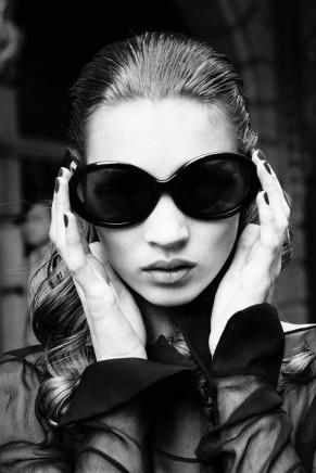 Stephanie Pfriender Stylander, Kate Moss, Sixth Sense, New York, for Harper´s Bazaar Uomo, 1992