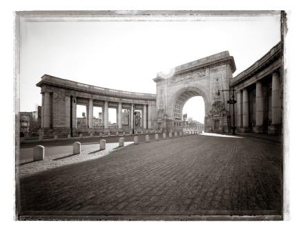Christopher Thomas, Manhattan Bridge Arch, 2008