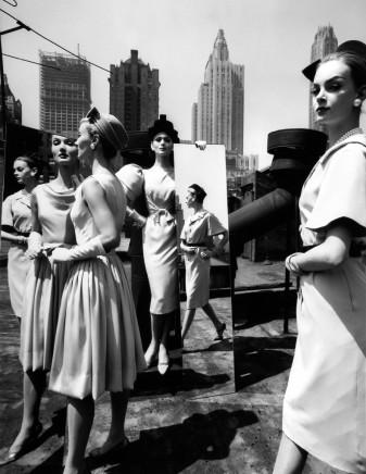 William Klein, Evelyn + Isabella + Nina + Mirrors, New York, VOGUE, 1962