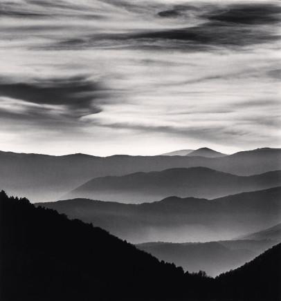 Michael Kenna, Distant Mountains, Passo delle Capannelle, Pizzoli, Abruzzo, Italy, 2015