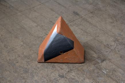 Sally Kindberg, Terracota Triangle 2, 2019