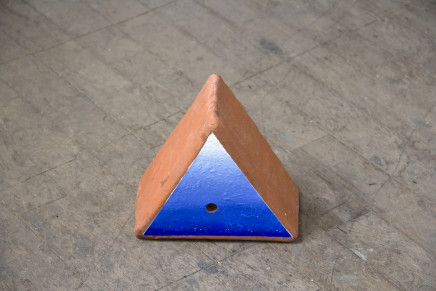 Sally Kindberg, Terracota Triangle 1, 2019