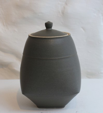Sun Kim, Small Lidded Jar, 2018