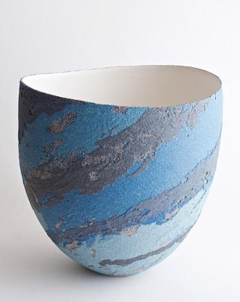 Clare Conrad, Vessel, scooped rim, 2020