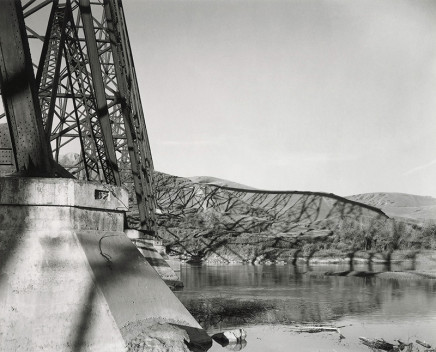 Geoffrey James, The High Level Bridge, Lethbridge, Looking West, October 1999