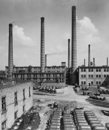 Fritz Spiess, Factory Exterior, 1950-51