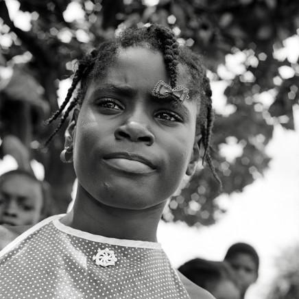 Rosalind Fox Solomon, Girl Rising, Mississippi, 1977