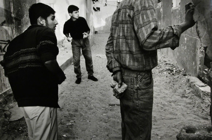 Larry Towell, Shati Refugee Camp, Gaza Strip, 1994
