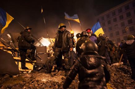 Larry Towell, Kiev, Ukraine [Independence Square. Maidan uprising. Kiev. Ukraine], February 2014