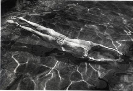 André Kertész, Underwater Swimmer, Esztergom, 1917