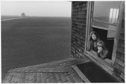 Larry Towell, Dorothy and Shelly in Abandoned Farmhouse, 1974