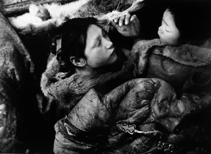 Richard Harrington, Padlei, NWT [2 Inuit girls asleep in their igloo], 1950