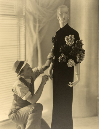 Violet Keene Perinchief, Window Dressing 2, circa 1920