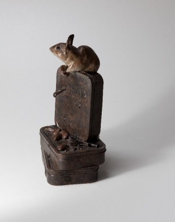 Bryan Hanlon Bronzes, MOUSE IN HOUSE