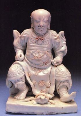 A RARE CHINESE MING FIGURE OF CHEN-WU, Ming Dynasty, Wan-li period (1573-1619)