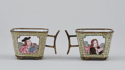 A RARE CHINESE CANTON ENAMEL MINIATURE CUP, Qianlong