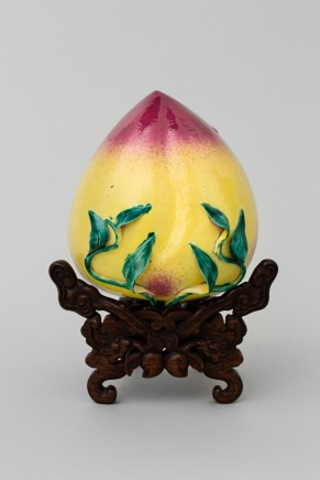 A FAMILLE ROSE MODEL OF A PEACH, 19th century