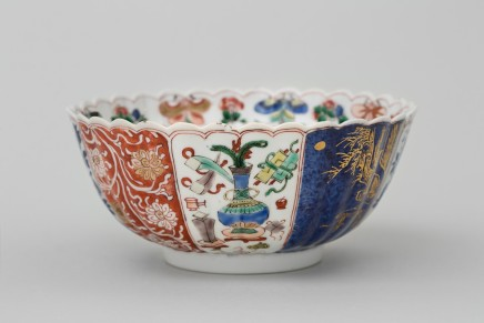 A CHINESE FAMILLE VERTE BOWL, 康熙年间 (1662 – 1722)
