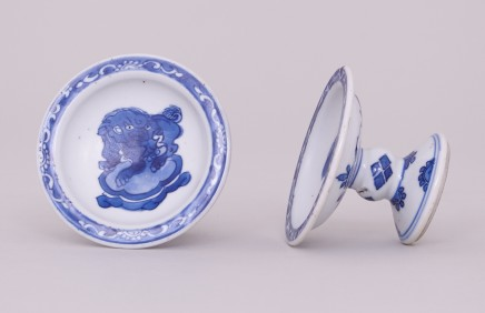 A NEAR PAIR OF CHINESE BLUE & WHITE SALTS, Kangxi (1662-1722)