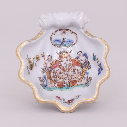 A PAIR OF RARE CHINESE FAMILLE ROSE ARMORIAL SALTS WITH GRIPENBERG COAT OF ARMS, Qianlong (1736-1795)