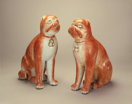 A RARE PAIR OF CHINESE EXPORTWARE FIGURES OF FIGHTING DOGS, Qianlong (1736-1795)