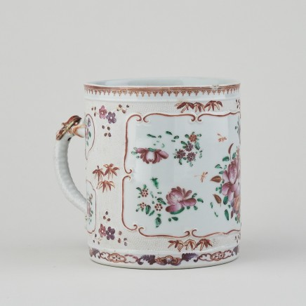 A CHINESE FAMILLE ROSE EXPORT TANKARD, Qianlong (1736 - 1795)
