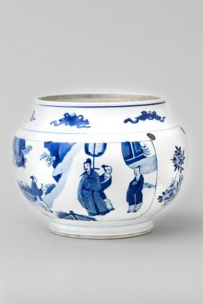 A BLUE AND WHITE JAR, 康熙年间 (1662 – 1722)
