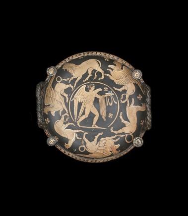 South Italian red-figure patera , 340-320 BC