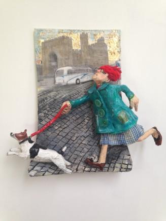 Luned Rhys Parri, Ci am dro heibio Castell Caernarfon / Walking the dog past Caernarfon Castle