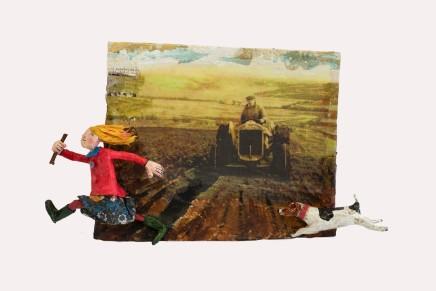Luned Rhys Parri, Merch yn Rhedeg Gyda'r Ci / Girl Running with Dog