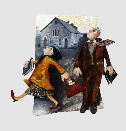 Luned Rhys Parri, Gŵr a Gwraig o Flaen y Capel / Husband and Wife outside the Chapel