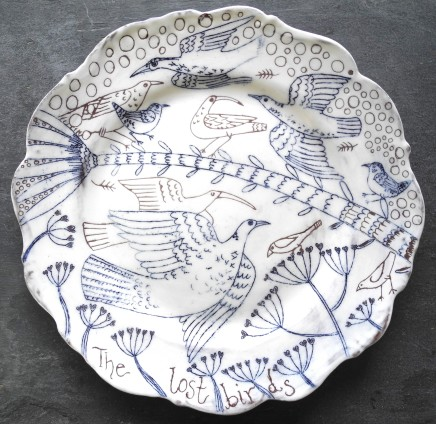 Georgina Warne The Lost Birds Hand made glazed stoneware Dia: 21 cm