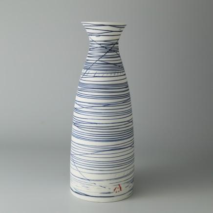 Ali Tomlin AT24: Fluted Cylinder - Blue Lines Porcelain H; 20 cm