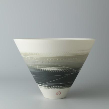 Ali Tomlin AT30: V Bowl - Olive and Black Porcelain H: 10.5 cm