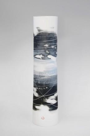 Ali Tomlin, Tall cylinder blue black