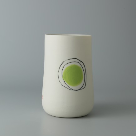 Ali Tomlin AT27: Tall Cup - Green Spot Porcelain H: 10.5 cm
