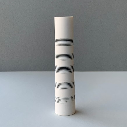 Ali Tomlin Single Stem - Music Lines Porcelain AT3