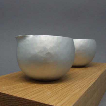 Nettie Birch Little Jug and Bowl Alluminium Jug and Bowl on Oak Stand 3.6 x 5 cm