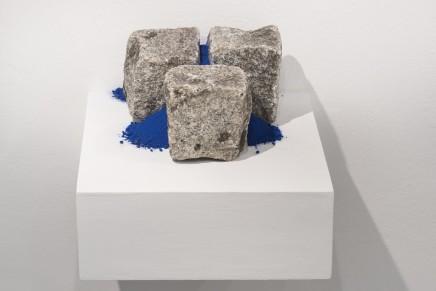 Cobblestones non-site I, 2016 Sand, ultramarine pigment, cobblestones 12 x 24 x 27 cm