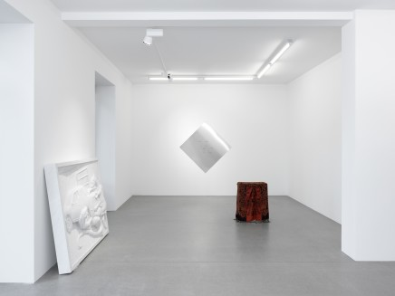 2016_posthumouslives_gmb_installation-view-3.jpg